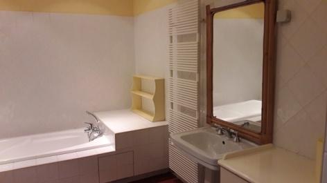 3-salle-de-bain-gite-Caroline-version-web.jpg