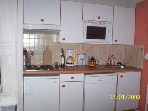 1-Kitchenette--800x600-.jpg