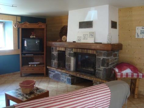 2-Coin-cheminee-maison-Dominique.jpg