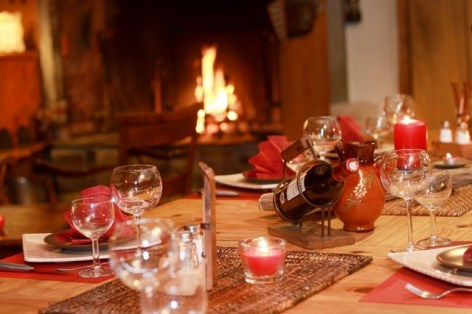 2-RELAIS-EMPEREUR-TABLE-NOEL-.JPG