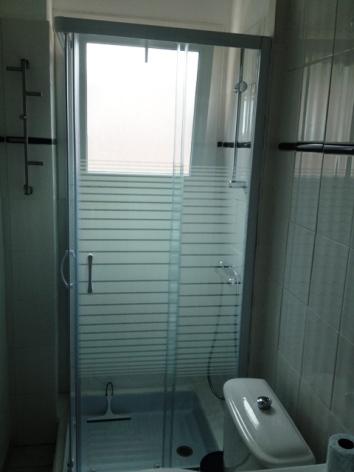 4-NBM19.3---Le-Pitchoun---salle-de-bain.jpg