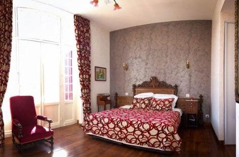 11-Lourdes-Chambre-d-hote-Gavarnie-VILLA-ORANTE-DOMPNIER.jpg