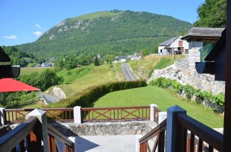 14-terrasse-soares-gez-HautesPyrenees.JPG