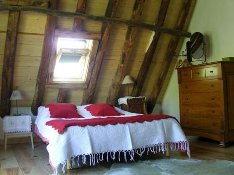 5-Grange-Soulor-Chambre-2b.JPG