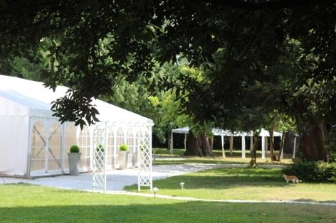 22-Chapiteau-de-la-Villa-Corina.JPG