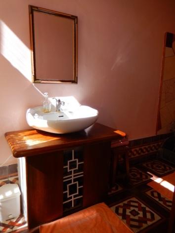 6-HPCH113---Le-Jardin-Secret---lavabo.JPG