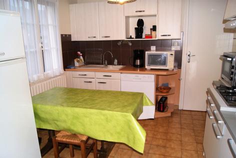 3-cuisine-varis-argelesgazost-HautesPyrenees.jpg