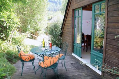 6-terrasse1-ceca-aucun-HautesPyrenees.jpg