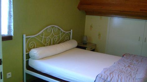 7-chambre2-trescazes-sazos-HautesPyrenees-3.jpg
