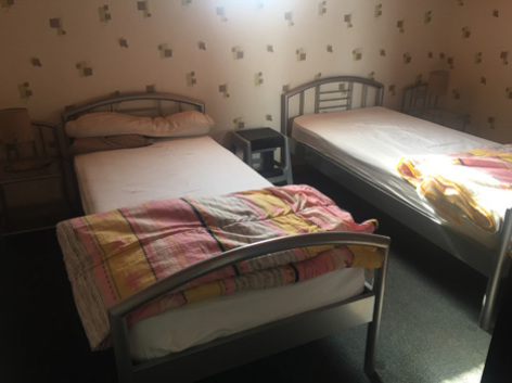 8-chambre3-trescazes-sazos-HautesPyrenees-2.jpg