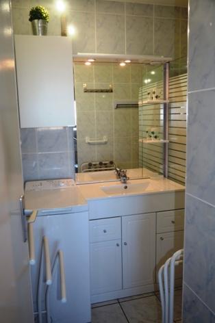 3-salle-de-bain-2-3.JPG