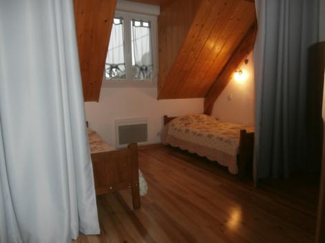 10-d-chambre4-goube-gedre-HautesPyrenees.jpg