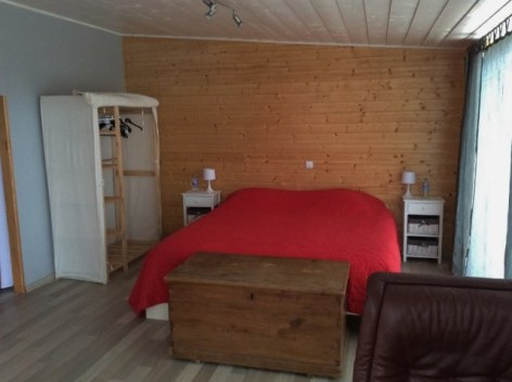 0-HPG135---Gite-le-Loft---chambre.jpg