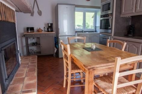 2-4-cuisine---cheminee-avec-insert-1-.jpg