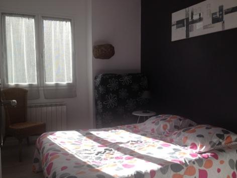 5-9-chambre-3---lit-lit-pliant-d-appoint-90cm.JPG