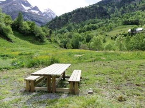 29-SOULIGNAC-Benoit-Table-jardin.jpg