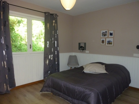 6-HPM13-Chalet-Nordique-FrechetAure-chambre-nordique.JPG