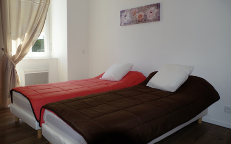 5-chambre1-cazajous-argelesgazost-HautesPyrenees.jpg