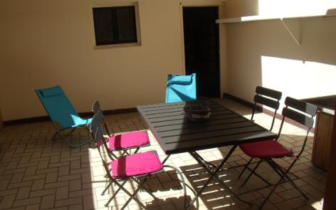 8-terrasse1-cazajous-argelesgazost-HautesPyrenees.jpg