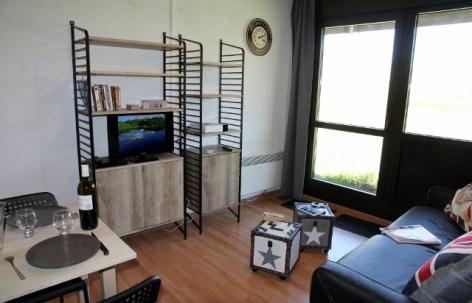 2-etageres-salon-4--1000x643--4.jpg