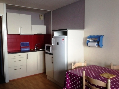 2-KITCHENETTE-W1-2017.jpg