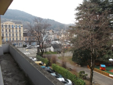13-Vue-sur-parking-municipal-gratuit-2017-W.JPG