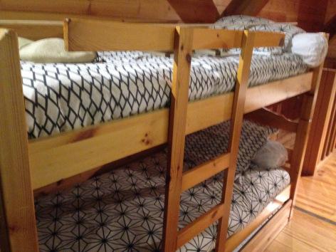 8-chambre2-theil-bareges-HautesPyrenees.jpg