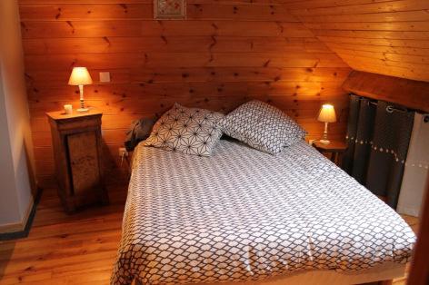 9-chambre3-theil-bareges-HautesPyrenees.jpg