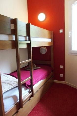 4-COLAS-Rives-de-l-Aure-11-chambre-2-2.JPG