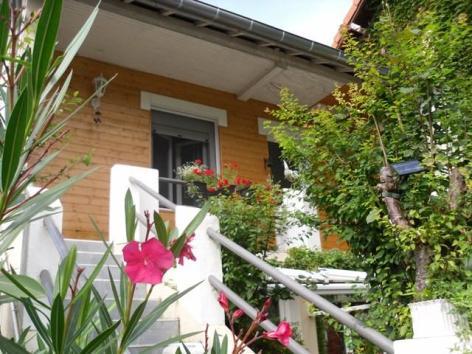1-Lourdes-Location-meublee-BESSIS--1-.JPG
