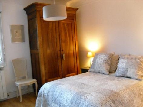 5-Lourdes-Location-meublee-BESSIS--2-.JPG