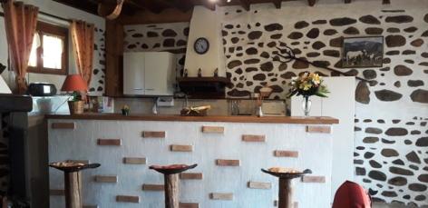 4-coin-cuisine-bar.jpg