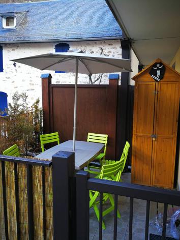 6-G-terrasse2-verger-gavarnie-HautesPyrenees.jpg