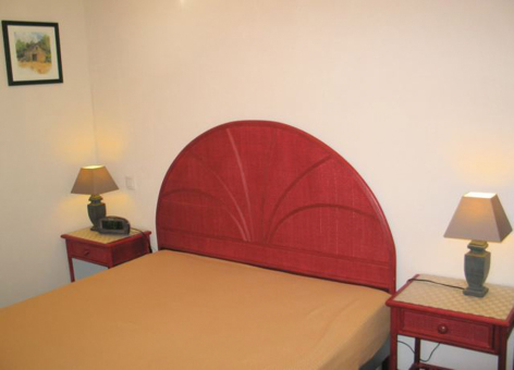 4-chambre1-agencepicdumidi-bareges-HautesPyrenees.jpg