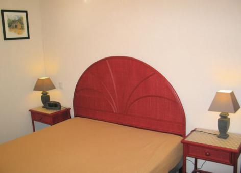 5-chambre1-agencepicdumidi-bareges-HautesPyrenees.jpg