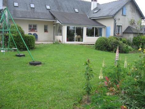 1-Maison-vue-jardin.JPG