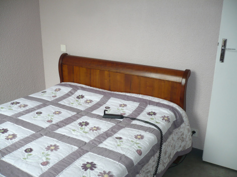 4-chambre-schmidt-pierrefittenestalas-HautesPyrenees.jpg