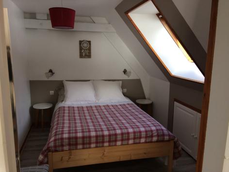 6-chambre-damidot-arrensmarsous-HautesPyrenees-3.jpg