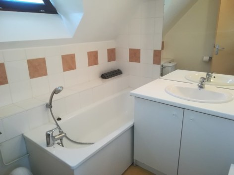 9-salle-de-bain-cauterets--Copier-.jpg
