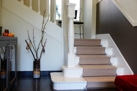 14-Clos-Beaupeillas-Bazus-Aure-escalier.JPG