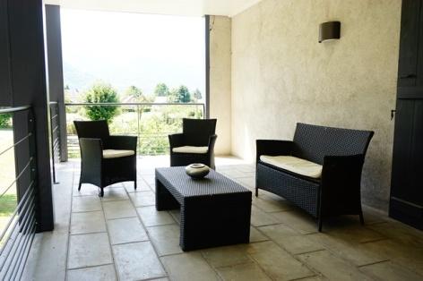 28-Clos-Beaupeillas-Bazus-Aure-terrassse-1er-etage.JPG