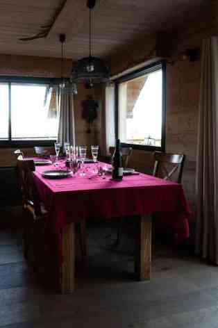 6-Bour-Chalet-36-table-a-manger.jpg