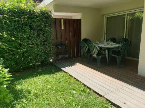 2-BESCHARD-Aline-Arches-d-Aure-B5-jardinet.jpg