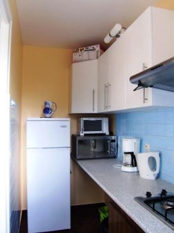 3-kitchenette-5.jpg