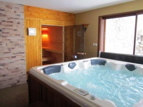 0-grand-chalet-spa.JPG