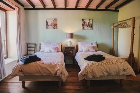2-bedroom-1-sleeps-3-web.jpg