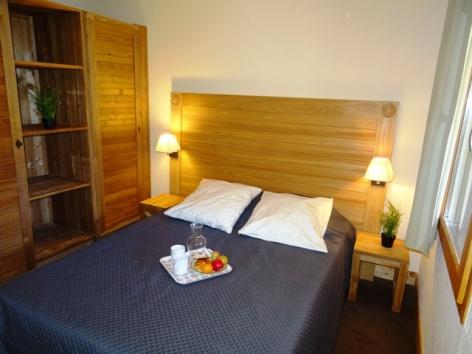 6-Namur-Cami-Real-chambre.JPG
