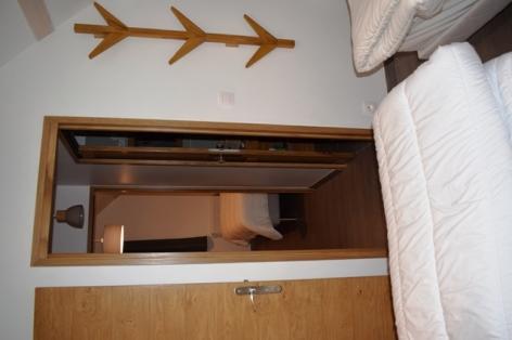 3-4-DEVAINE-Le-Nestou-2-chambre-2-net.JPG