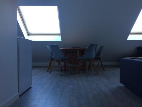 1-TABLE-SIT.jpg