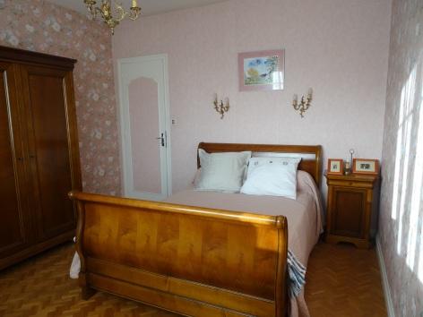 6-VIVE-MARYSE-8-Chambre-rose-pastel-2021-W.jpg